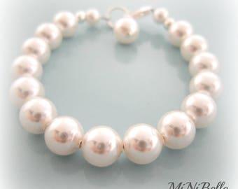 Baby Pearl Bracelet. Baby Pearl Baptism Bracelet. Christening Pearl Bracelet. Flower Girl Bracelet, First Communion Bracelet.