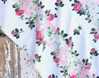 Rare Vintage 30s 40s Pink Cabbage Roses Cottage Garden Floral Pattern White Barkcloth Fabric Day Twin Full BedSpread Coverlet