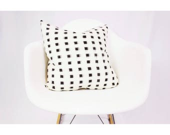 Authentic Arrows Ikat Pillow Cover 20 x 20 Natural and Black Blocks