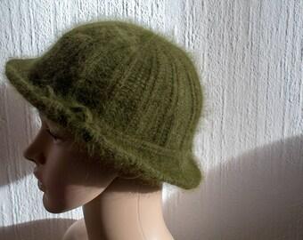 Vintage Round Cloche Hat