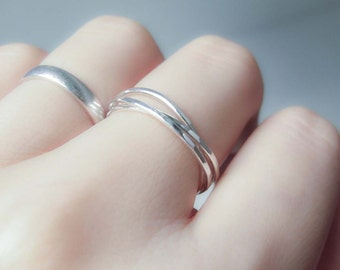 Interlocking ring, three super thin sterling silver band, rolling rings