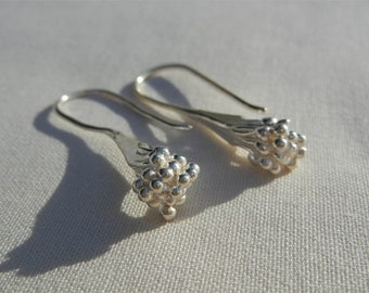 Button earrings with flowers in 925 sterling silver