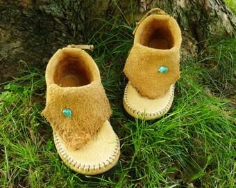 Sand Inca Moccasin Handstitched Soft Bullhide Leather Upper With A Durable Flexible VIBRAM Sole / Hobbit Renaissance Mens Womens Moccasins
