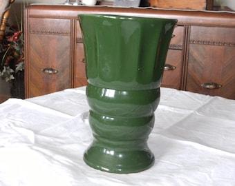 Vintage Ivy Green Vase