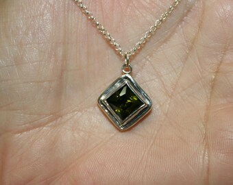 Peridot cz Necklace, Silver  Nacklace ,Green Stone Necklase, 925 Sterling Pendant, Silver Jewelry, Handcrafted Pendant,