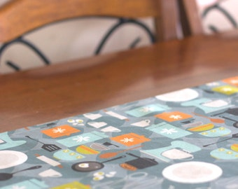 Table Runner – Linen Cotton blend with Retro Eggs and Baking Pattern