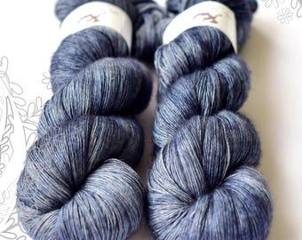 SILENTO SLIM - Blue Steel - hand dyed yarn, blend of merino wool, mulberry silk and yak, single ply