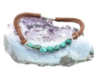 Leather and turquoise bracelet, womans, Boho, hippie, gypsy, elegant, rocker, beaded, semi precious, turquoise - free shipping!