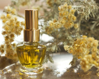 Mellifera Eau de Parfum - This fragrance evokes a sun drenched meadow where our little pollinator forages nectar to make her golden elixir