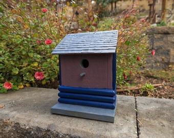 Slim Birdhouse