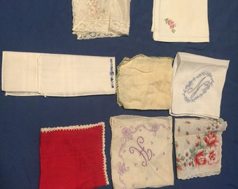 Bundle of 8 vintage hankerchief