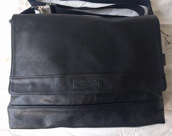 Kenneth Cole Reaction Messenger Black Bag