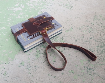 The Scholar 2.0 - Classic Brown Leather Book Strap with Brass Hardware