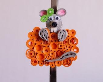 Magnet, mouse magnet, kitchen decor, home decor gift, kitchen magnet, refrigerator magnet, quilling, quilled paper art, paper craft