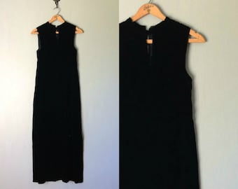 Vintage VELVET Dress • 1960s Clothing • Long Black Column Gown Empire Waist Sheath Cocktail Mod Maxi Keyhole Neckline • Women Small Medium