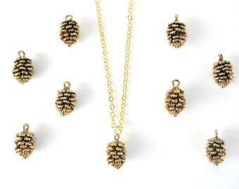 Gold pine cone necklace. Pinecone necklace. Autumn necklace, winter necklace, forest necklace Winter gift, nature lovers gift, tree necklace