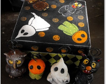 Halloween Ornament gift set hand painted gift box made to order