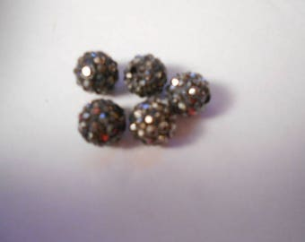 5 beads resin with 10 mm black rhinestones