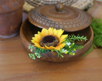 Hair sunflower, Sunflower decorative comb, Sunflower headpiece, Sunflower bridal comb, Sunflower wedding, Yellow haircomb, Rustic hair comb