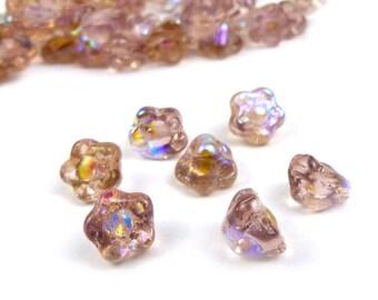 50 x Flower czech glass beads