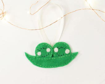 Peas in A Pod Christmas Ornament