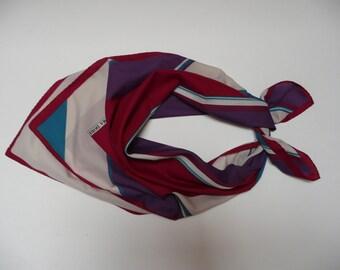 Elegant classic Vintage Norma Dori scarf