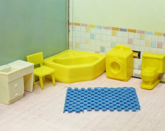 Marx Superior dollhouse bathroom furniture,  1:24 or 1/2 inch scale, Soft plastic with rubber rug for tin litho dollhouse, yellow