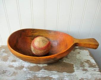 Mid century wooden bowl handled snack dish scoop Monkey pod ?