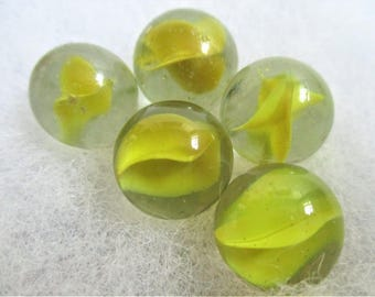 """5 Yellow Cat's Eye Marbles Vintage Art Glass Marbles Collectible Marble 5/8"""" Yellow Glass Collector Marble Children's Game Jewelry Making"""