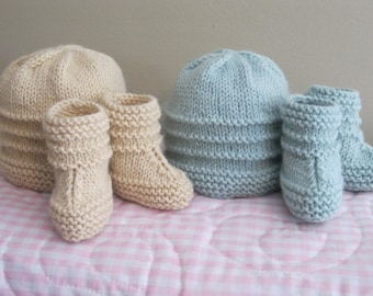 Baby Hat and Bootie Pattern......Caroline's Hat and Bootie Set