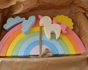 Wooden rainbow toy - Arcoiris - Arcobaleno - Regenbogen - Waldorf toy - Pastel rainbow stacker - Large rainbow - Rainbow unicorn