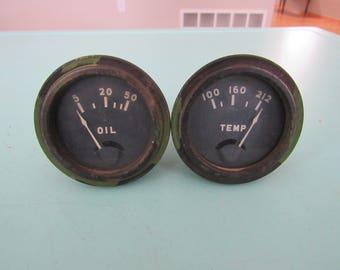 Pair of Vintage Distometer Gauges Oil Temp Free Shipping