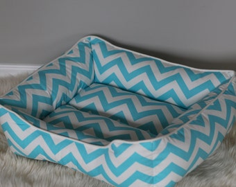 Handcrafted dog or cat bed. Made for your best friend. Style: Aqua Chevron