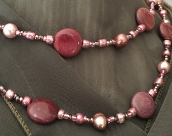 Beaded rose and pink necklace