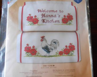 Vervaco - Counted  Cross Stitch Kit - Kitchen papertowel holder