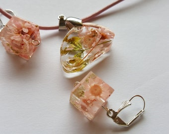 Resin Jewelry Real Flower Necklace Heather Necklace Real Flower Jewelry Pressed Flower Necklace Pendant Necklace