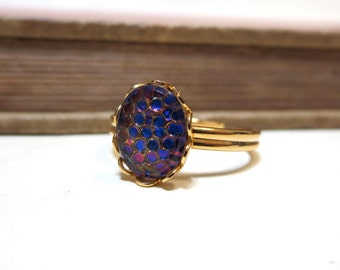 Vintage Snakeskin Ring - WWII Era - Lace / Scalloped Setting - Gold Plated - Adjustable - Blue Pink Purple Iridescent Color Changing 8x10mm
