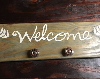Welcome Rack Stained Grey