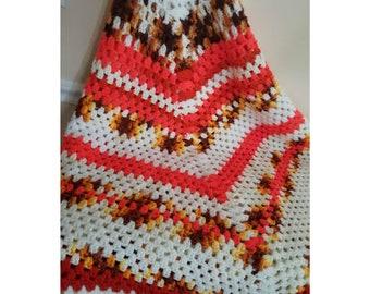 Vintage Crocheted Afghan, Granny Square, Crocheted Blanket, Crochet Afghan, Granny Squares, KITSCHY, Crocheted Throw, Boho Decor, 1970s