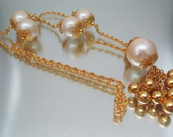 Gorgeous  Large Chunky Faux Pearl Necklace Gold Bead Tassel