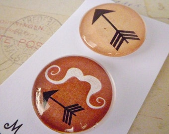 Arrows and Moustaches - Round Glass Magnet Set