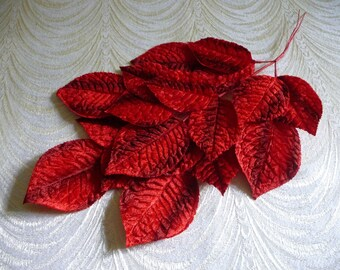 Vintage Millinery Leaves Large Red Ombre Velvet Spray of 18 NOS for Hats Fascinators Corsage Crafts 7LV0016R
