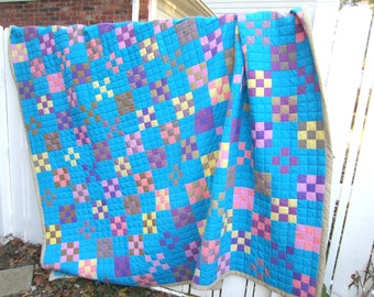 Turquoise Nine Patch Quilt, Queen Quilt, King Quilt, Hand Quilted, Men's quilt, Women's quilt, Modern quilt, Traditional Quilt, Contemporary