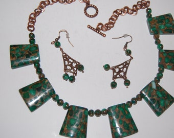 Vintaj green natural stones with matching earrings