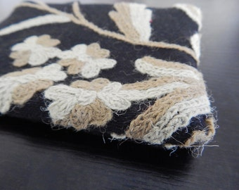 Black beige crewel embroidery pouches, wool  clutch, bridal gifts,  makeup bag, cosmetic pouch, purse organizer, 6 colors to choose from