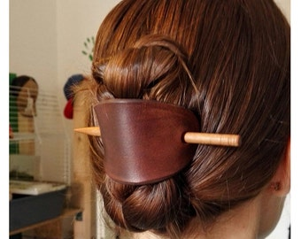 Plain leather barrette, hairslide