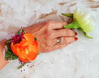 Orange silk flower wrist corsage, silk flower corsage, maid of honour gift, boho chic, bridesmaid bracelet, wrap bracelet, bride gift