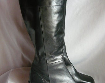 Vintage STOVEPIPE Leather Knee Boots / size 6 m  Eur 36 Uk 3 .5 / SAMPLE Shoes Black Flat Pirate Riding made  ITALY