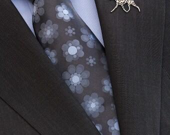 Dalmatian movement brooch - sterling silver.
