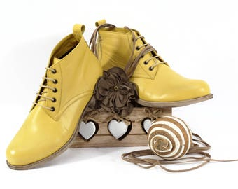Yellow Womens Leather Boots, Womens Natural Leather Booties, Yellow Womens Booties, Handmade Ankle Boots, Women's Clarc Shoes